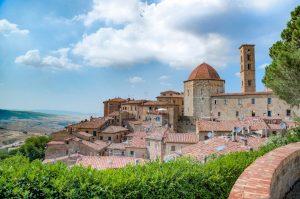 visit Volterra