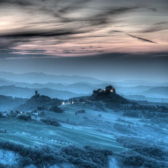 Twilight: explore Volterra on the traces of it